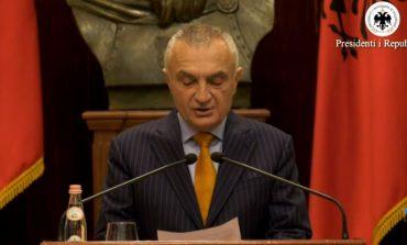 KONFERENCA/ Meta: Hapni sytë o shqiptar dhe merrni fatin tuaj në dorë. Është shkelur vija e kuqe e Kushtetutës