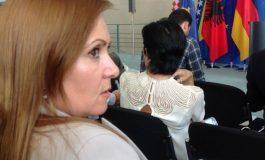 MIMOZA KOÇIU: Ndal linçimit të gazetarëve!