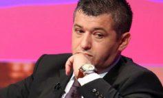 ALFRED PEZA/ Fruti i hidhur i debatit për Teatrin Kombëtar