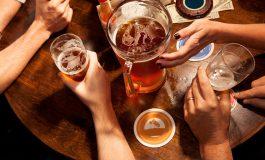 STUDIMI IMPRESIONUES: Alkooli ju ndihmon t'i flisni më mirë gjuhët e huaja