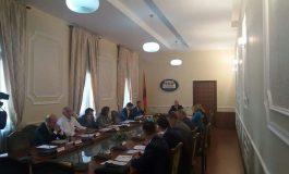 Opozita braktisë mbledhjen në Komisionin e Ligjeve