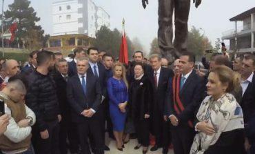 KRYEMADHI mesazh RAMES: Protagonizmi LIVE nuk mundi ta zbehte ceremoninë e shtatores së Azem Hajdarit