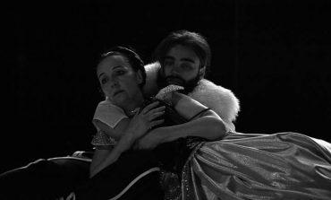 """Teatri Kombëtar sukses me """"Lukrecia Borxhia"""" në Francë"""