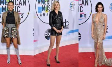 """(Foto) Veshjet e """"Yjeve"""" që na lanë gojëhapur për mirë ose për keq në """"American Music Awards"""""""