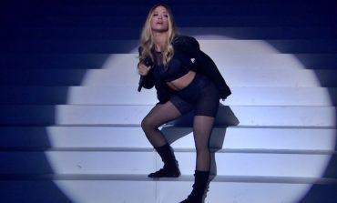 FOTO/ Rita Ora sapo ndezi skenën e MTV