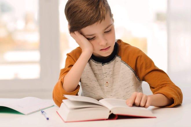 Kur fëmija nuk ka vullnet për të përfunduar një detyrë, çfarë duhet të bëni