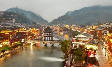 Nga Gjermania në Kinë, 10 fshatrat përrallorë në të katër anët e botës (Foto)