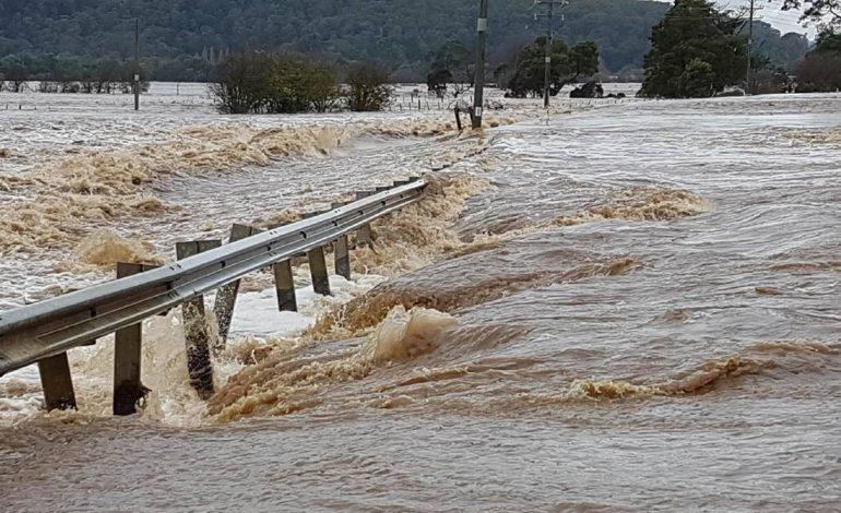 Tiranë, 20 qytetarë të bllokuar  kërkojnë ndihmë nga autostrada