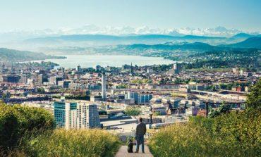 Dëshironi të bëni para pa punuar? Zvicra ofron 2200 euro në muaj për çdo qytetar