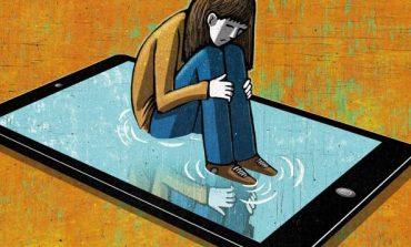 Shikoni sa rritet niveli i mërzitjes tuaj gjatë një ore në rrjete sociale