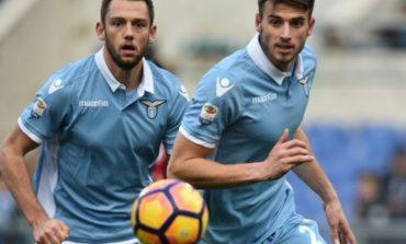La Liga/ Barcelona hidhet në sulm për mbrojtësin e Lazios