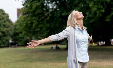 Gratë janë më të lumtura kur iu vdes partneri?!