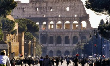 """Shqiptarët """"pushtojnë"""" Romën, 1 në 18 prej tyre, ka biznes: Të punësuarit, 43% janë në sektorin e ndërtimit"""