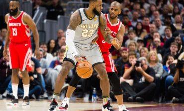 LeBron bën detyrën, Cleveland mposht Oklahomën, fitojnë Houston e Toronto