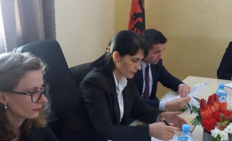 Prokurorja e Përgjithshme Arta Marku, mesazh të fortë nga Korça: Hetim më të thelluar drogës!
