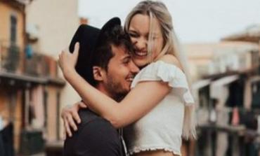 Mënyra si ta shprehni dashurinë pa fjalë