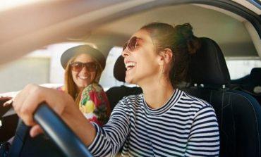 Femrat janë shofere shumë më të mira sesa meshkujt