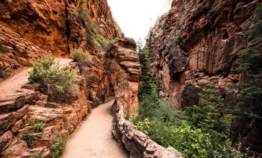 Kanionet vdekjeprurëse. 13-vjeçarja bie nga 1 mijë metra lartësi dhe humb jetën