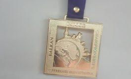 """""""Istambul Indoor"""", Luiza Gega merr medaljen e artë në garë e 3000 metrave"""