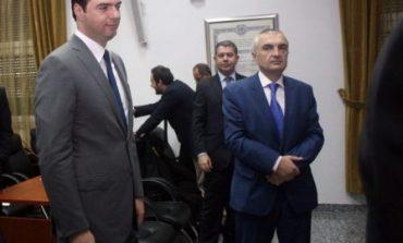 PAS DEKLARATËS SË RAMËS/ Ilir Meta dhe Hashim Thaçi hajdutë? Lulzim Basha thotë PO