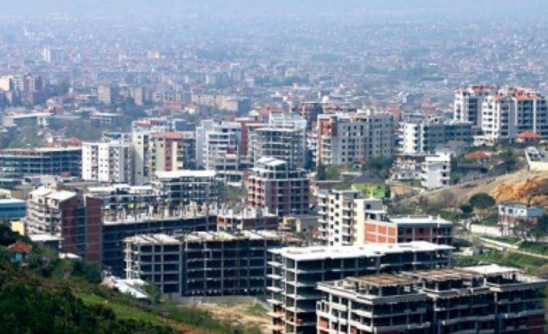 """Skandali/ Firma me xhiro """"zero"""" po ndërtojnë disa miliona euro pallate në Tiranë"""