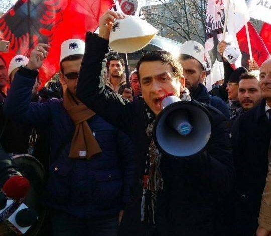 Sa u largua Kreshnik Spahiu, ra edhe patriotizmi shqiptar… (FOTO)