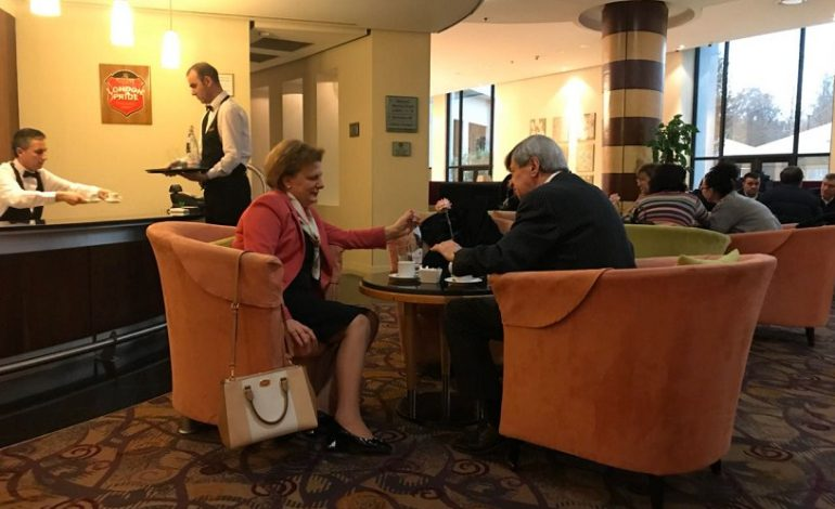 Eduard Kukan nuk harron/ E nis ditën në Tiranë, me mëngjesin e punës me Valentina Leskajn