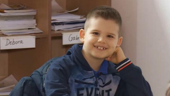 Një shqiptar 6-vjeçar anëtar i Organizatës Botërore të Gjenive. Njihuni me superinteligjentin Dionis
