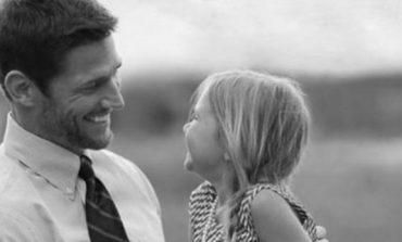 """""""Nuk dua të harrosh asnjëherë se sa shumë të dua""""/ Mesazhi i një babai për vajzën"""