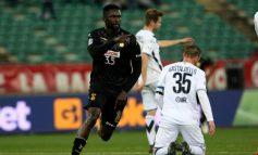 Migjen Basha titullar, Bari gjunjëzon 3-0 Brescian