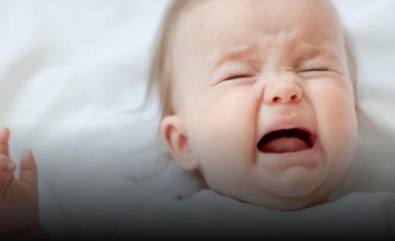 Ju qan shumë bebi? Ja si ta qetësoni