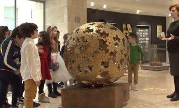 Orë jashtë mësimit në Muzeun e Bankës së Shqipërisë (VIDEO)
