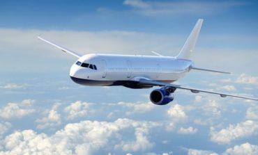 Këto janë kërkesat më të çmendura që bëjnë njerëzit në avion!