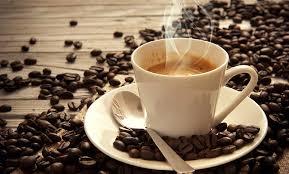 Shqiptarët i shmangen kafesë, për herë të parë ulen importet më 2017