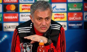 Kush ikën dhe vjen; Mourinho përgatit tjetër spastrim te Manchester United
