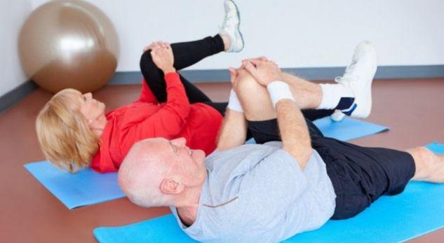 Zbuloni arsyen se pse dobësohen muskujt tek personat e moshuar