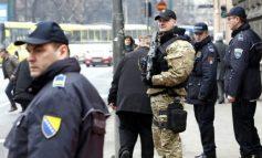 Alarme për bombë në shkollat e Bosnjes / Arsyeja do t'ju trondisë