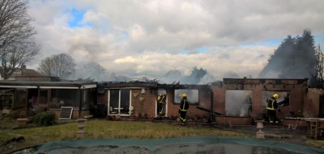 Zjarri në një shtëpi çon në pranga shqiptarin në Londër. Pasi vodhi automjetin ai…