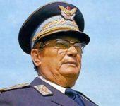 Tito kishte sëpatë me fuqi të mbinatyrshme