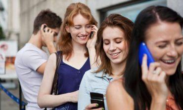 79% e shqiptarëve kanë celular/ Sondazhi i Gallup tregon raportnin për të gjithë botën