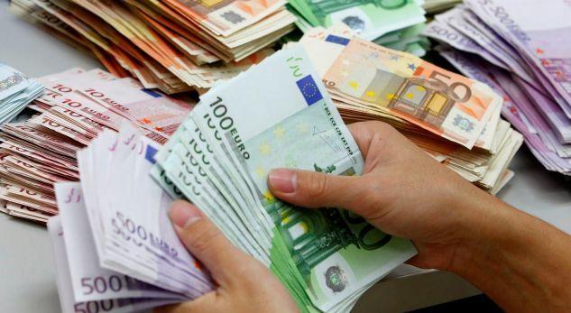 ÇUDIA/ Euro zhvlerësohet, çmimet e ushqimeve dhe mallrave rriten