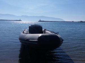 Policia e Vlorës kap GOMONEN me DROGË, pas kontrollit ZBULOJNË se kishte edhe…