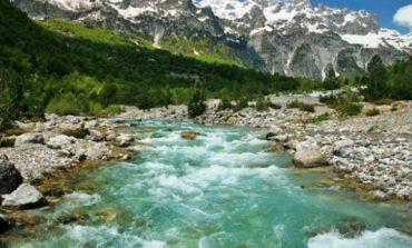 Nga Thethi në Valbonë/ Amerikanët: Çfarë duhet të dini rreth shëtitjes në shtegun më të bukur të Shqipërisë