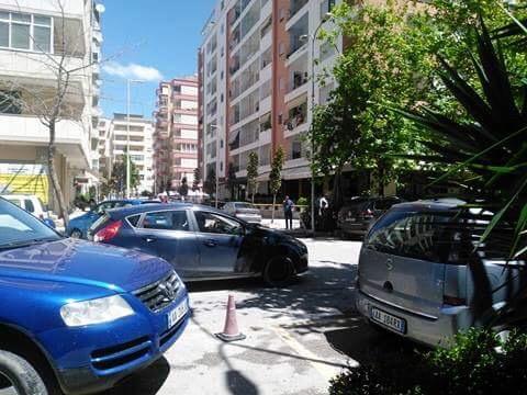 DETAJE nga plagosja e 33-vjeçarit në Vlorë/ DALIN PAMJET, si nisi sherri brenda lokalit (VIDEO)