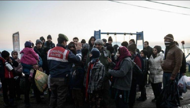 Mbylli portet për emigrantët/ Presidenti francez akuza Italisë: Cinizëm dhe papërgjegjshmëri
