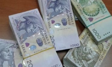 Valutat kthejnë tendencë, rivlerësohen të gjitha ndaj lekut