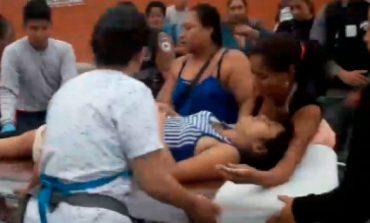 Refuzuan që ta ndihmojnë, ajo lindi fëmijën përpara spitalit