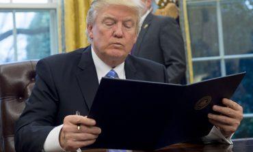 Tërhiqet Trump, nesër votohet projekligji për të mos ndarë familjet e emigrantëve