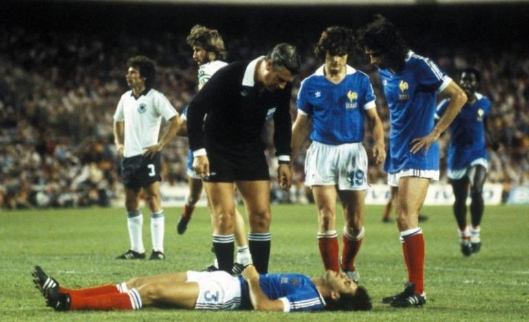 """Momentet më të """"pista"""" në historinë e Kupës së Botës (FOTO)"""