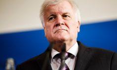 Ministri i Brendshëm gjerman: Nuk do lejojmë më emigrantë nëse Merkel nuk gjen zgjidhje
